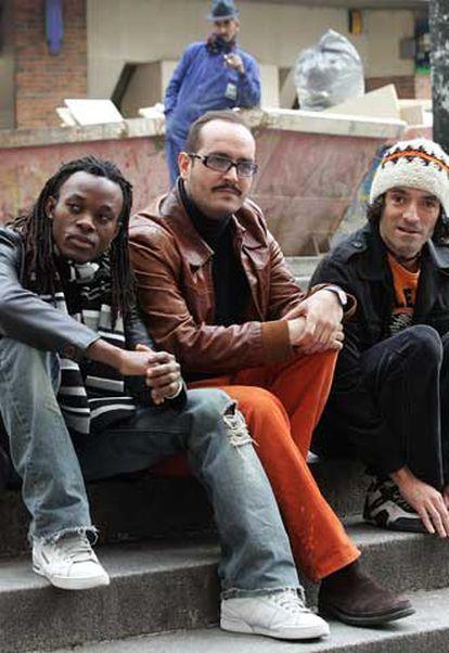 German A. João, Gabriel Velázquez y Chema de la Peña (de izquierda a derecha), en la presentación de <i>Sud-Express</i> <b>en Madrid. </b>