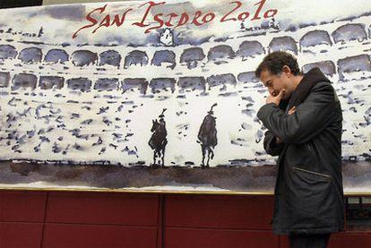 José María Cano, ayer en la presentación del cartel de San Isidro, dibujado por él.