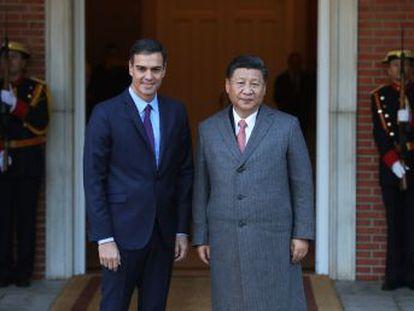 La visita de Xi Jinping impulsa la firma de una veintena de acuerdos institucionales y comerciales