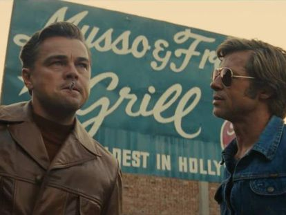 Leonardo DiCaprio y Brad Pitt, en un fotograma de 'Érase una vez en… Hollywood'.