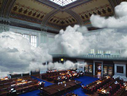 La pieza 'Una corriente de aire' (2015) es la que da nombre a la exposición. En este videoarte la Biblioteca Nacional es atravesada por una serie de nubes en constante movimiento.