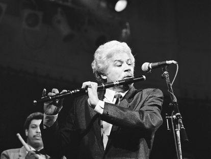 Johnny Pacheco, en un concierto en Ámsterdam en 1988.