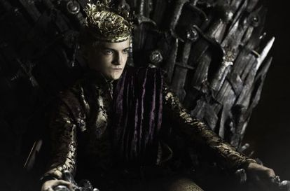 El actor Jack Gleeson caracterizado como Joffrey Baratheon