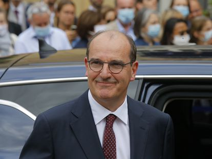 El nuevo primer ministro francés, Jean Castex, a su llegada a la ceremonia de traspaso de poderes, este viernes.