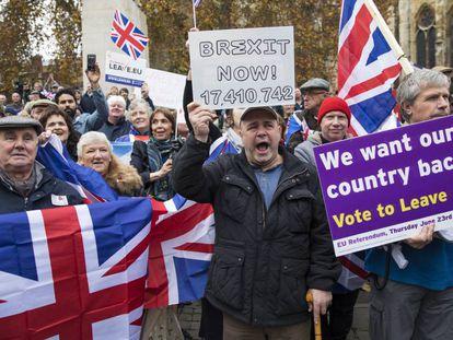 Manifestantes a favor del 'Brexit' en Londres.