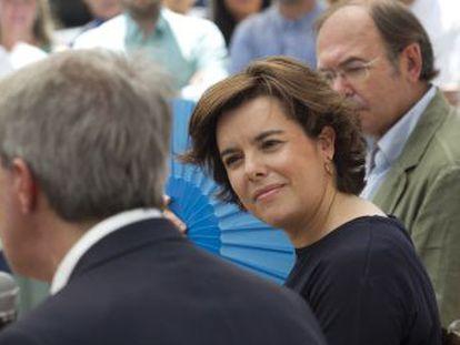 Los candidatos a las primarias del PP, Sáenz de Santamaría y Casado, encarnan los distintos modelos de ambos expresidentes