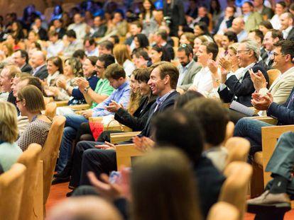 Reunión de antiguos alumnos del IESE en Barcelona.