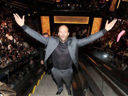 En pantalla, el inglés sustituye las palabras por los mamporros. Esa es la marca Statham. En la imagen, el actor en el Planet Hollywood Casino de Las Vegas (2010).