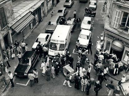 El atentado del 8 de agosto de 1982 dejó  6 muertos y 14 heridos en la rue Des Rosiers, París.