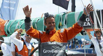 Franck Cammas celebra la victoria en Lisboa