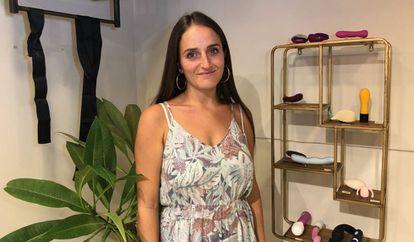 Chana Boteach propetaria de Kosher sex en su espacio de venta temporal en Jerusalén