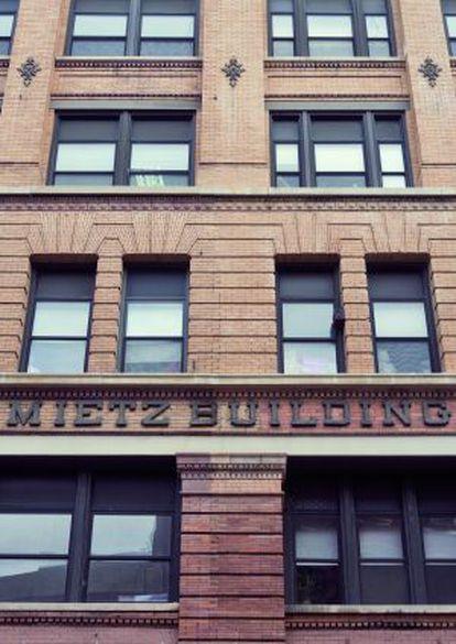 El Mietz Building, en el 128 Mott Street. En 'El Padrino' se convierte en la Genco Olive Oil.