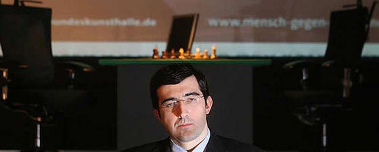 El maestro ruso disputará seis partidas contra Deep Fritz, un programa informático para jugar al ajedrez que funcionará sobre un potente ordenador.