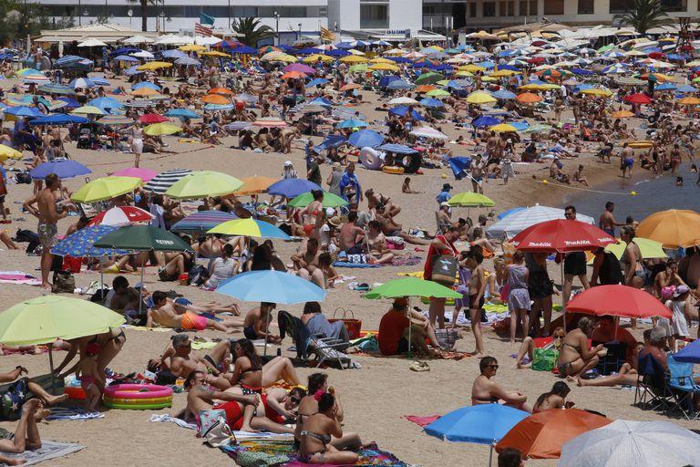 Aspecto de la playa de Tossa de Mar (Girona), el pasado verano.
