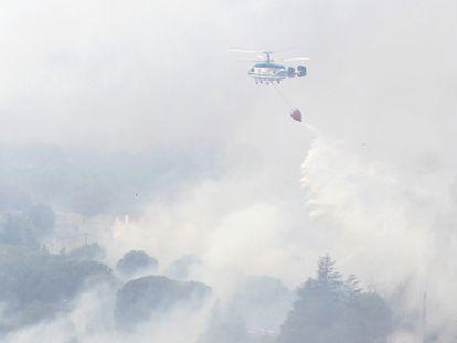 Labores de extinción del incendio de Robledo de Chavela.