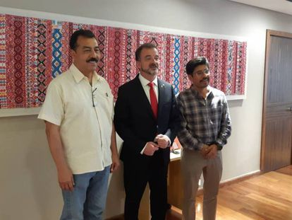 El conseller de Acción Exterior, Alfred Bosch, en su encuentro con el Instituto Nacional de los Pueblos Indígenas de México. En vídeo, las declaraciones de Bosch.