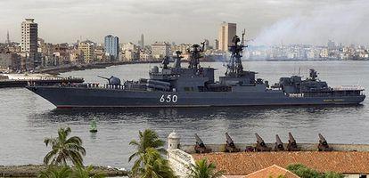 El destructor ruso 'Almirante Chabanenko' a su llegada a la bahía de La Habana