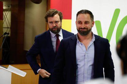 Santiago Abascal, presidente de Vox, e Iván Espinosa de los Monteros, portavoz de Voz en el Congreso, el pasado 29 de mayo tras las elecciones municipales.
