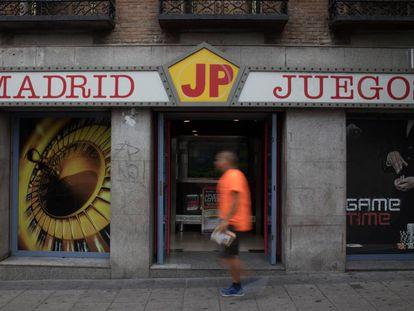 Madrid JP, una de las casas de apuestas en el Puente de Vallecas, Madrid.