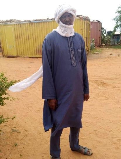 Mohamed Ag Mohamed Abba es guardia de seguridad en Mauritania.
