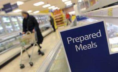 Supermercado con productos preparados.