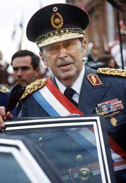 Alfredo Stroessner, en una fotografía de archivo tomada en Asunción.