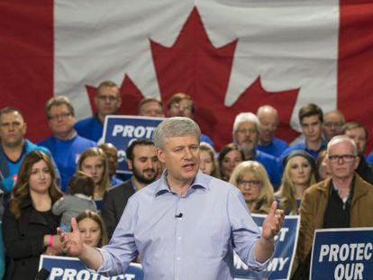 El primer ministro canadiense, Stephen Harper, en un mitin de campaña