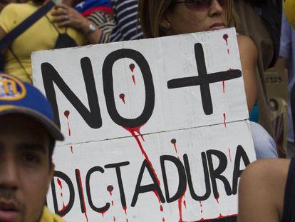 Manifestación en Caracas contra el Gobierno de Maduro.