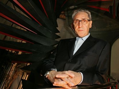 El músico italiano Franco Battiato, en España en 2007 en la presentación de 'Il vuoto' (El vacío).