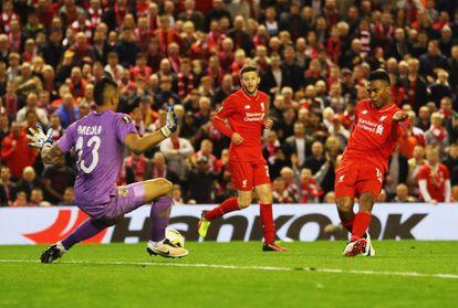 Sturridge marca el segundo gol del Liverpool.