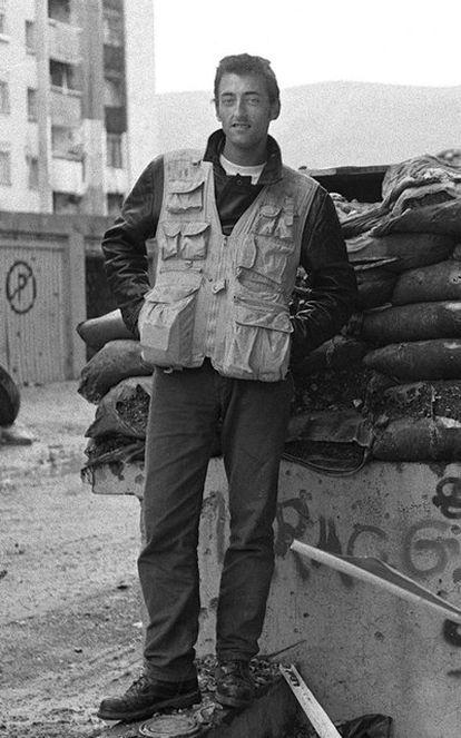 Foto de archivo de junio de 1994 del periodista español Miguel Gil Moreno trabajando para la agencia AP en Mostar (Bosnia).