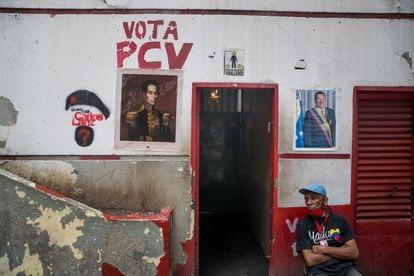 Grafiti del Partido Comunista de Venezuela (PCV), el 26 de noviembre del 2020, en Caracas.