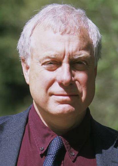 Robert Gildea.