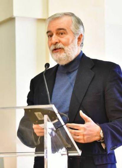 Ángel Gil de Miguel, catedrático de Medicina Preventiva y Salud Pública.