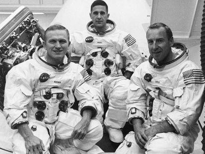 De izquierda a derecha, los astronautas del 'Apolo 8' Frank Borman, William A. Anders y James A Lovell.
