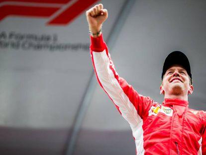 Vettel celebra la victoria en Spa.