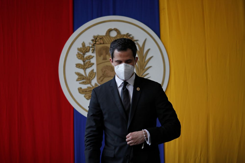 The Venezuelan opposition approves the extension of Guaidó's mandate to the front of Parliament |  International