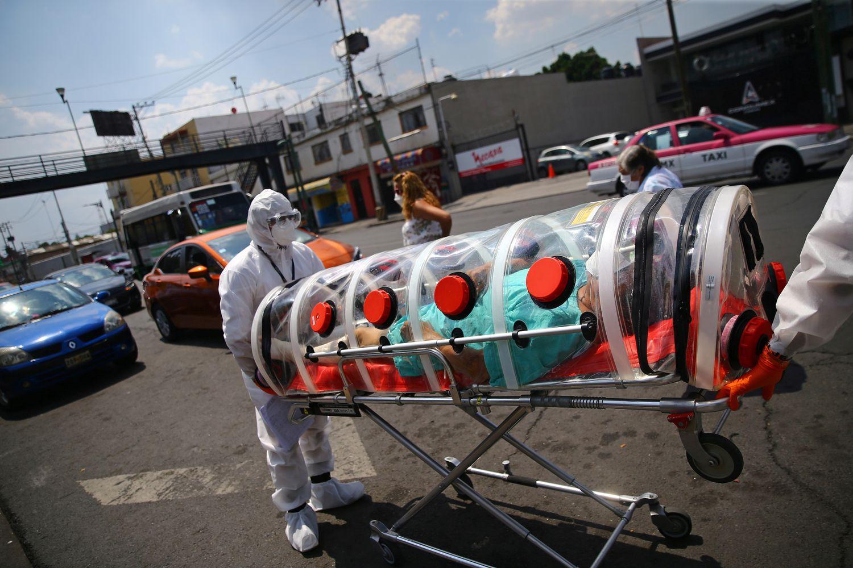 Luis, de 62 años, un paciente de coronavirus, en Ciudad de México.