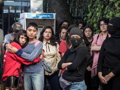Estudiantes en la toma de la Facultad de Filosofía y Letras de la UNAM.