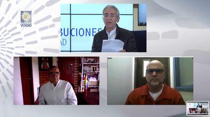Rodrigo Londoño y Salvatore Mancuso durante el encuentro este jueves con Francisco de Roux (arriba), presidente de la Comisión de la Verdad.
