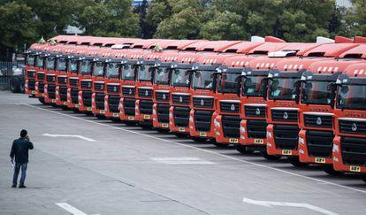 Los camiones de Sinotruk, listos para pasar revista