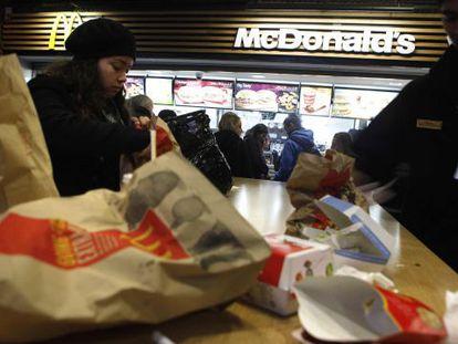 Un local de comida rápida.