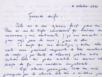 """Borrador de la carta de Felipe González a Fidel Castro. """"Sigo creyendo que el socialismo es la respuesta"""", dice la misiva."""