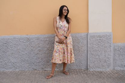 """Sheyma Mohamed vivía en Tenerife, pero sus padres son de Melilla. Imparte talleres en la ludoteca del monte, en el centro de menores y en colegios de la ciudad. """"He visto de cerca las necesidades de los niños. Siempre me ha gustado hacer cosas en barrios periféricos, donde las condiciones son más complicadas"""", asegura."""