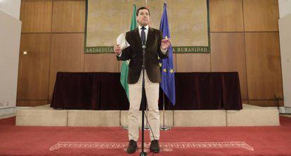 El líder del PP andaluz anuncia el acuerdo con Vox.