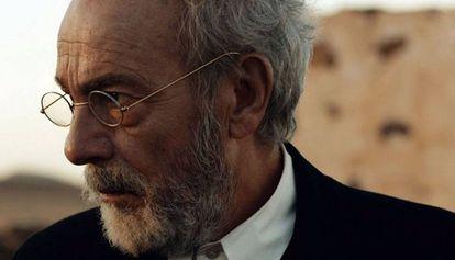 José Luis Gómez como Unamuno en 'La isla del viento'.