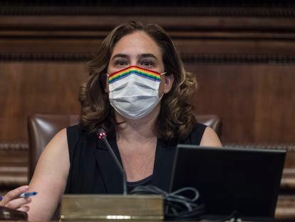 La alcaldesa de Barcelona, Ada Colau, preside este jueves el pleno extraordinario del Ayuntamiento.