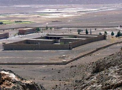 Vista del penal de Tazmamart, situado en el Atlas Medio marroquí, donde fueron encarcelados  durante más de veinte años militares golpistas contra Hassan II.