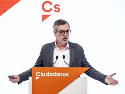 Villegas rechaza cambios en los pactos territoriales del partido, como sugirió el vicepresidente de Castilla y León