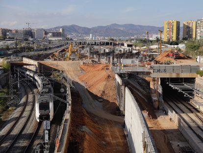 Obras de la futura estación del tren de alta velocidad de La Sagrera, que acumula años de retrasos.